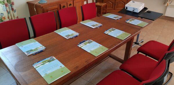Table de réunion - séminaire - Gites du Verger